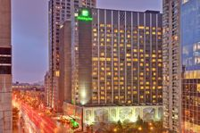 Holiday-Inn Montreal-Midtown